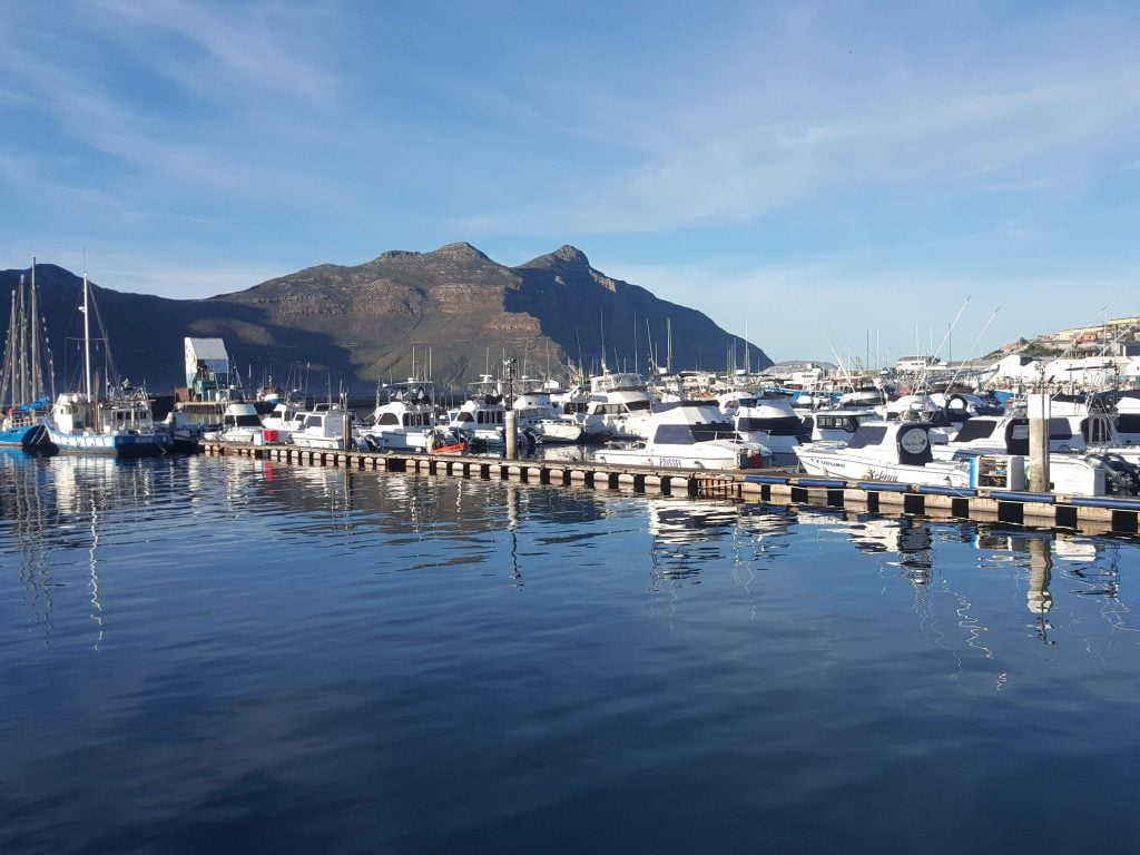 A tranquil day in Hout Bay Harbour