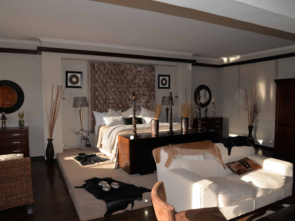 Interior view of the Ambassador Suite at Inverdoorn Private Reserve