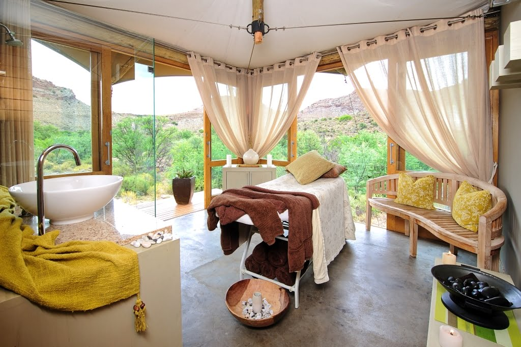 Enjoy the a massage in the Spa Room