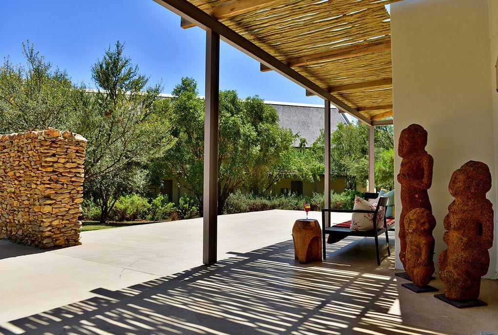 gallery-19-200-gondwana-family-lodge-entrance-2016